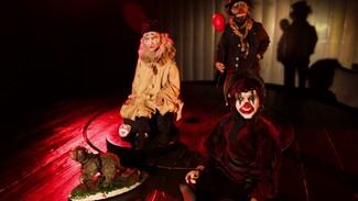 «Знаковый персонаж – грустный клоун». Как мастер из Воронежа создает удивительных кукол