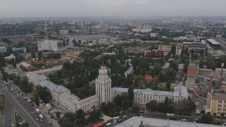 Сталинскую высотку с башней в центре Воронежа признали памятником истории