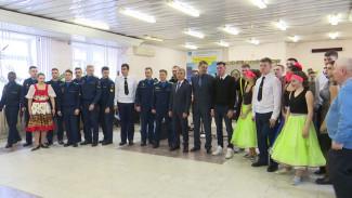 Воронежскому центру для молодых инвалидов помогут с покупкой автомобиля с коробкой-автомат