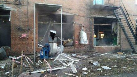 Трёх пострадавших при взрыве на фабрике в Воронежской области женщин оставили в больнице