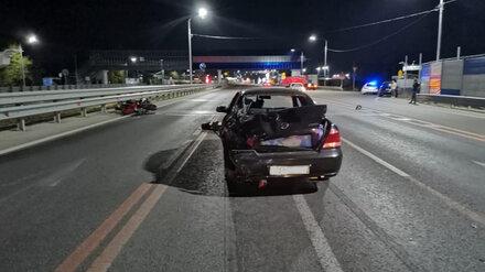 Появились фото с места смертельной аварии с мотоциклом на подъезде к Воронежу