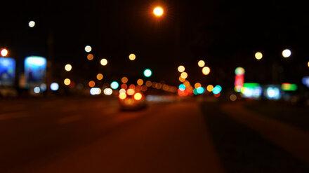 В Воронеже кроссовер насмерть сбил стоявшего на дороге пешехода