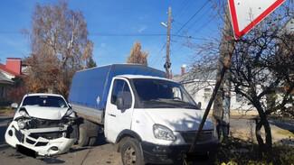 Юная автомобилистка попала в больницу после ДТП с «Газелью»