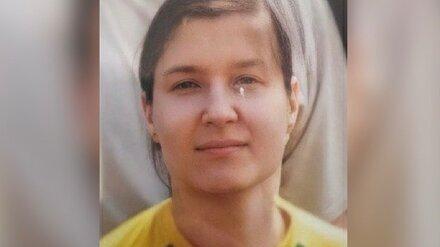 В Воронеже женщина с провалами в памяти глубокой ночью вышла из дома и пропала