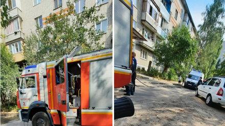 В Воронеже 7-летнего мальчика из горящей квартиры спас слесарь