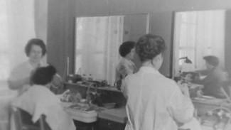 Маникюр и стрижка за 20 копеек. Как работали салоны красоты в советском Воронеже