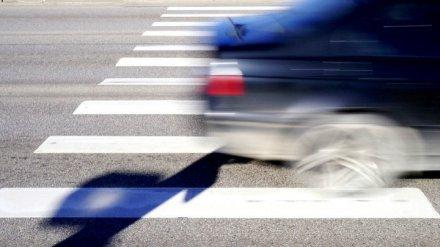 В Воронеже иномарка сбила школьницу на пешеходном переходе