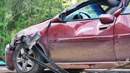 Две пассажирки Mercedes попали в больницу после ДТП в Воронеже
