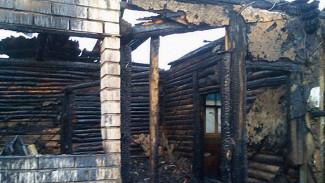 В сгоревшем доме в Воронеже нашли тела матери и сына
