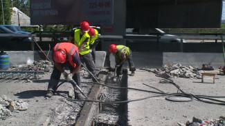 Дорожные рабочие ответили воронежцам, возмущённым медленным ремонтом Северного моста