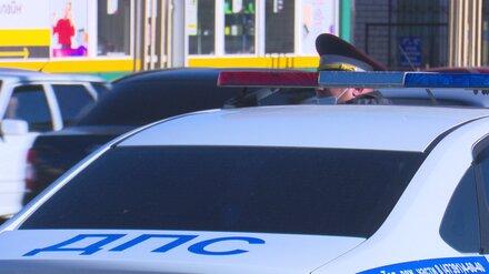 Воронежца осудили за нападение на сотрудника МВД и попытку скрыться на полицейском авто