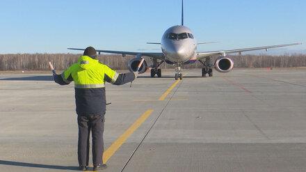 Привившимся от ковида сотрудникам воронежского аэропорта пообещали премию