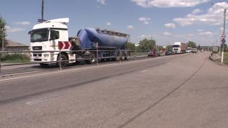 В воронежской ГИБДД прокомментировали проезд фур через Лосево, несмотря на запрет