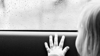 4-летняя девочка из Россоши, госпитализированная с поезда Адлер-Киров, умерла от менингококковой инфекции