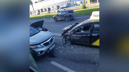 В Воронеже таксиста будут судить за раненную в массовом ДТП пассажирку