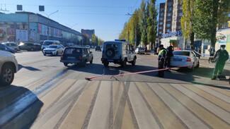 Сбивший пенсионерку на служебном УАЗе полицейский попал под дело в Воронеже