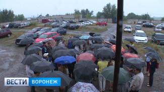 Жители микрорайона Шилово требуют оставить им автомобильную стоянку