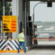 Водителей легковушек оставили без скидок за ночной проезд по М-4 в обход Лосево
