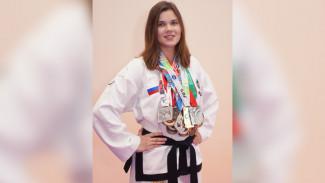 Студентка из Воронежа взяла 2 медали на чемпионате России по тхэквондо