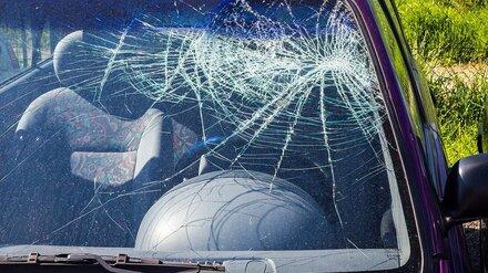 В Воронежской области в опрокинувшейся машине погибла женщина