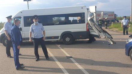 После ДТП с 2 погибшими и 7 пострадавшими арестовали водителя воронежской маршрутки