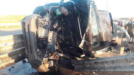 В ДТП на Воронежской трассе погиб водитель и пострадала пожилая пассажирка