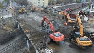 Был слишком ветхим. Как в Воронеже за 3 часа уничтожили виадук у «Работницы»