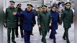 Министр обороны высоко оценил образование в воронежской Военно-воздушной академии