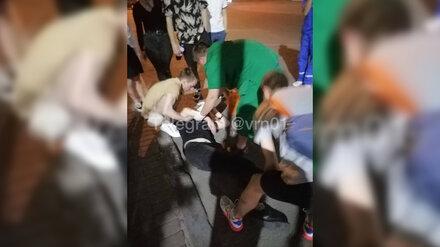 Электросамокатчик потерял сознание после удара о столб в центре Воронежа