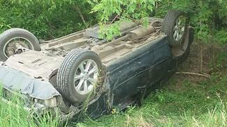 В лобовом ДТП на трассе под Воронежем пострадала пассажирка