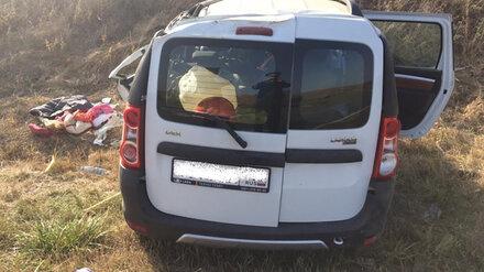 В Воронежской области водитель КамАЗа устроил ДТП с 2 пострадавшими и скрылся
