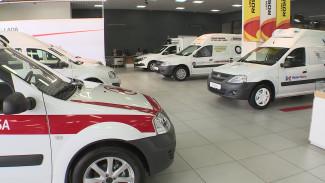 Скорая и социальное такси. Спецавтомобили представили на выставке в Воронеже