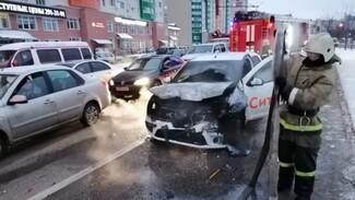 Сбежавшего с места массового ДТП воронежского таксиста нашли спустя месяц