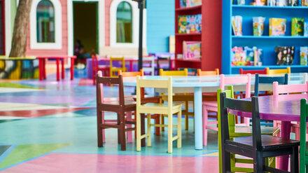 Заведующая воронежским детсадом 3 года получала зарплату фиктивно устроенных работников