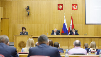 Воронежские медики получат более 1 млрд рублей за борьбу с коронавирусом