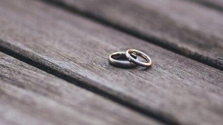 Суд расторг незаконный брак пациентки воронежского психдиспансера и вьетнамца