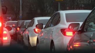 Изменение схемы движения на Северном мосту в Воронеже привело к пробкам