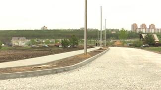 «В два раза быстрее срока». Как идёт строительство новой дороги из воронежского Тенистого