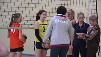 Олимпийская чемпионка по волейболу устроила мастер-класс для воронежских детей