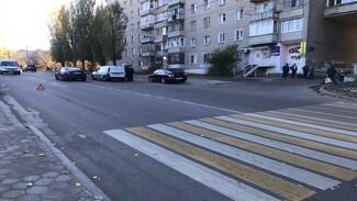 В Воронеже сын насмерть сбитой на переходе старушки ищет очевидцев ДТП