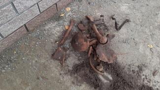 В Воронеже при прокладке водопровода нашли человеческие останки и неразорвавшийся снаряд