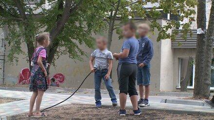 Прокуратура проверит детскую площадку в Воронеже, на которой пострадала 8-летняя девочка