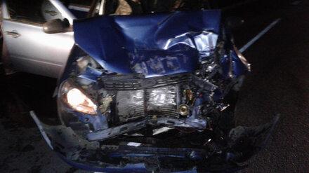 В ДТП на трассе в Воронежской области пострадали двое взрослых и годовалая малышка