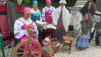 На этнофестивале в Воронеже возродили забытые ремёсла