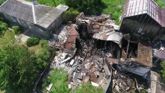 «Дом махом сложился». Очевидцы рассказали подробности взрыва газа в доме в Воронеже