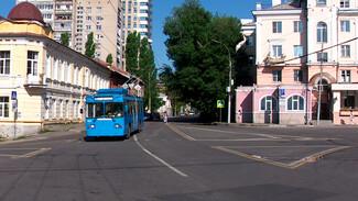 «Чтобы приятно было зайти». Как московские троллейбусы готовили к работе в Воронеже