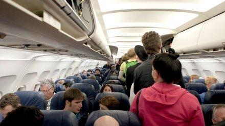 Самолёт доставил в Воронеж более 100 застрявших в Армении из-за пандемии туристов