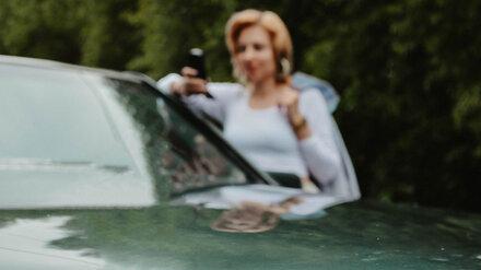 Прокатившего девушку на капоте 21-летнего воронежского водителя осудили за её гибель