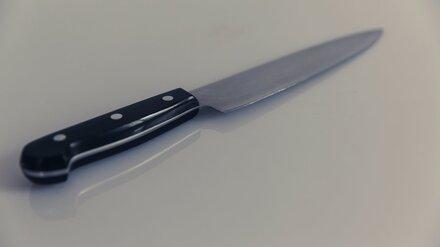 В Воронеже мужчина выжил после удара ножом в грудь
