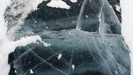 Спасатели предупредили воронежцев об опасных местах на замёрзшем водохранилище